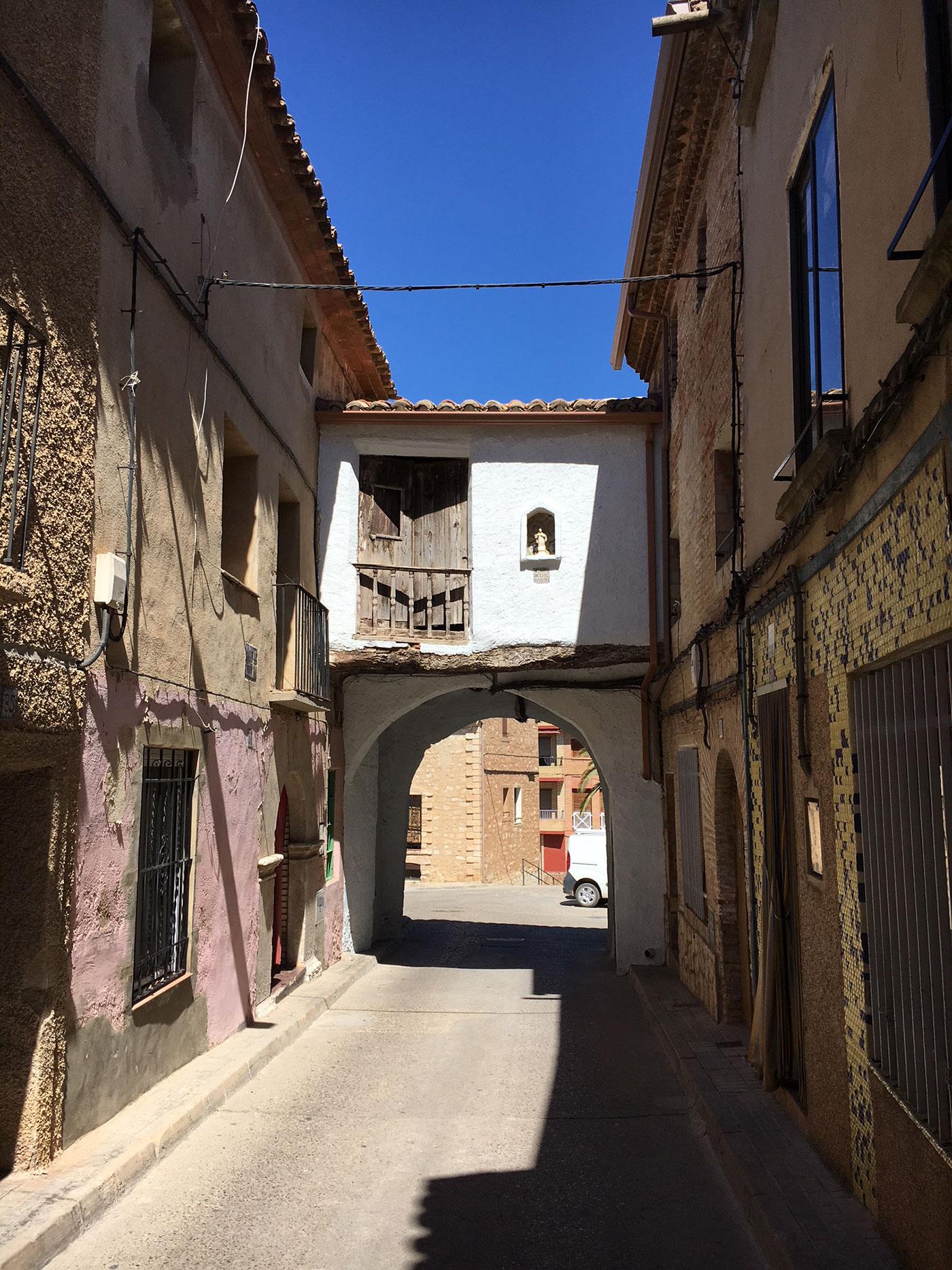 narrow street Muel Spain